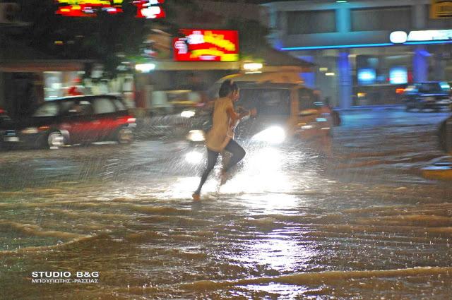 Ραγδαία επιδείνωση του καιρού – Πού θα «χτυπήσουν» τις επόμενες ώρες οι καταιγίδες