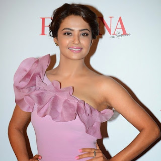 Surveen Chawla At Femina Beauty Awards 2015 2