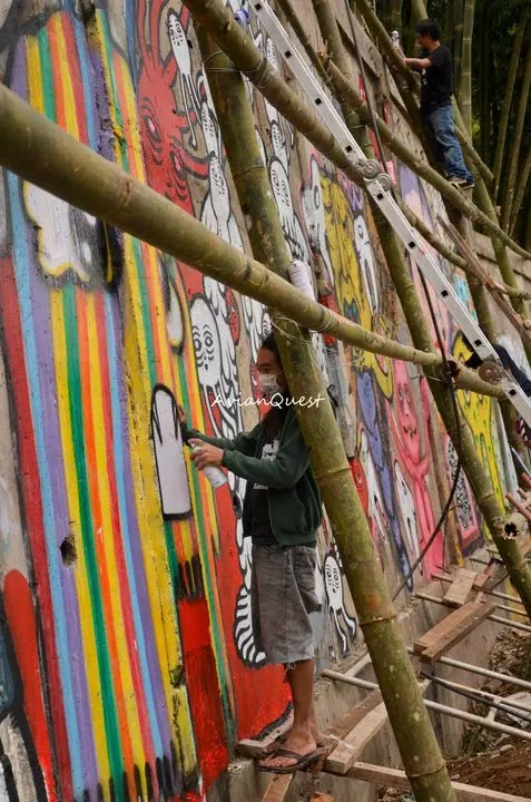 Tamawan Village Making of a Graffitti Mural Baguio City Philippines 76