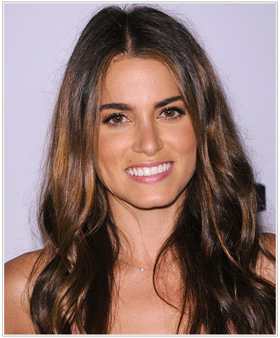 c3bf575ba7d Nikki Reed Hairstyles for Oval-Square Face Shapes