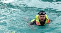 Main Air di laut