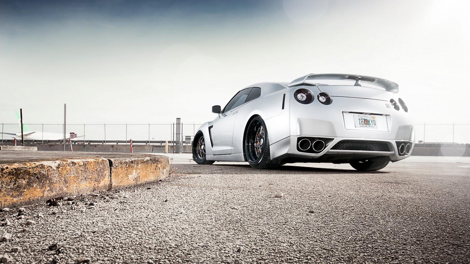 https://4.bp.blogspot.com/-b5MeA5Tl-QM/UPiBV-yeF4I/AAAAAAAAPOM/FRHucRK10Ek/s1600/Modified-Nissan-GTR35-1920x1080.jpg