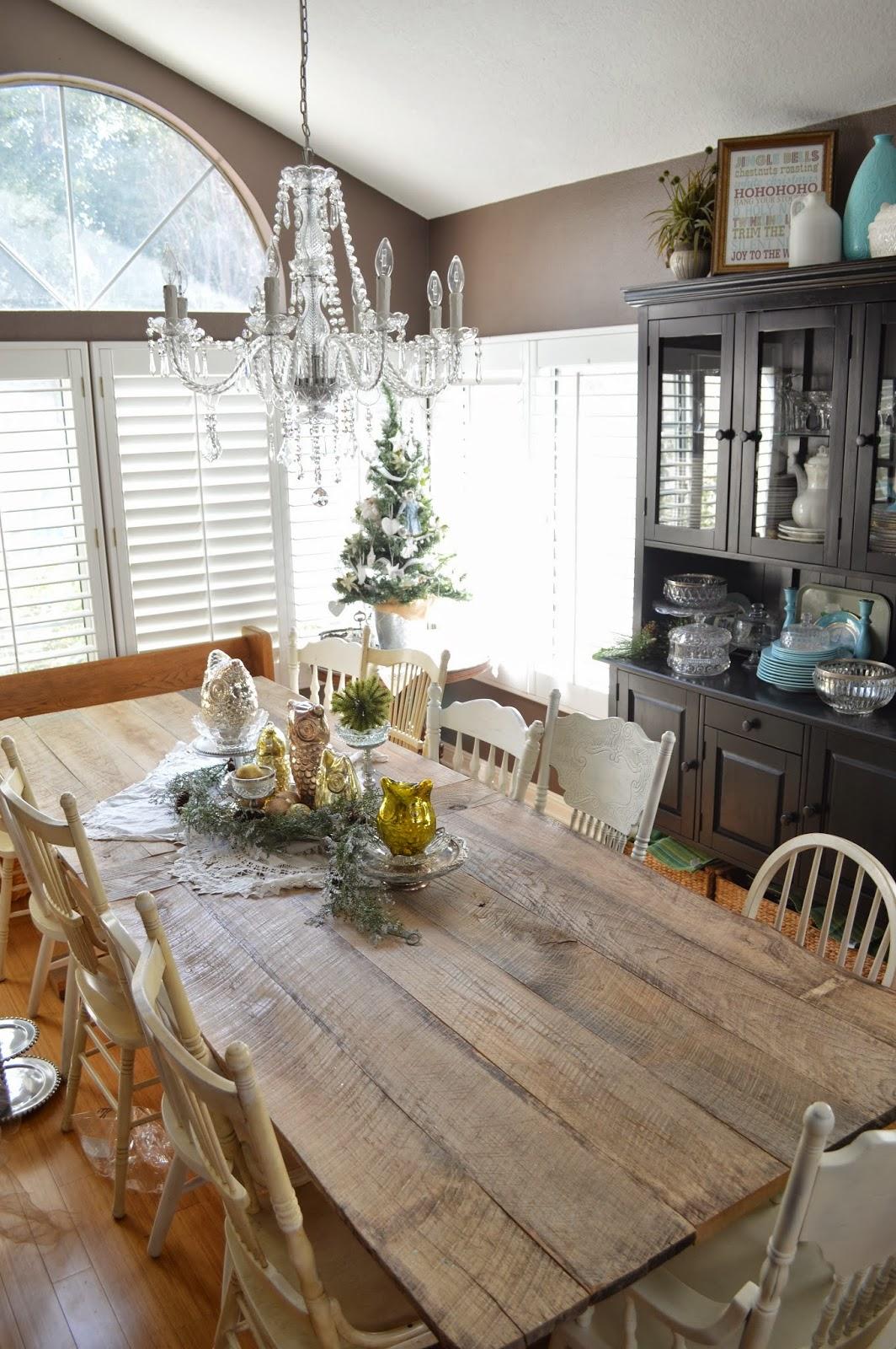 Jedi Craft Girl: Rustic Farm Table Reveal on Rustic Farmhouse Kitchen  id=78089