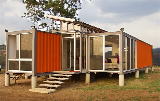 Casa campo containers