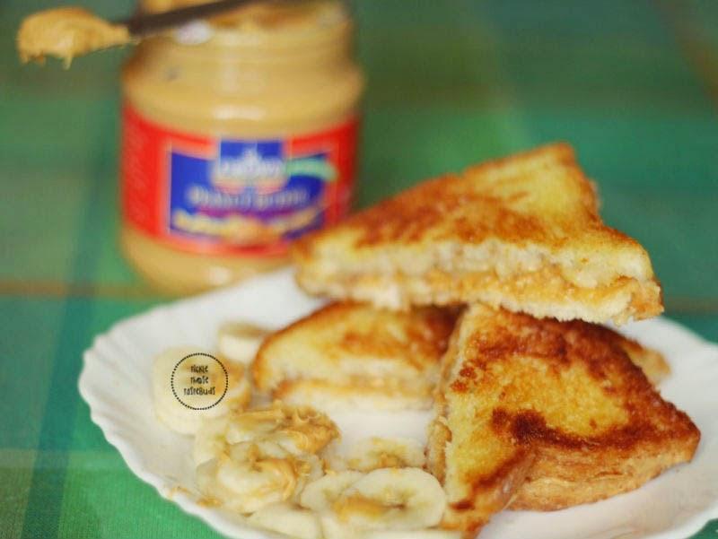 Peanut-butter-banana-sandwich-ticklethosetastebuds
