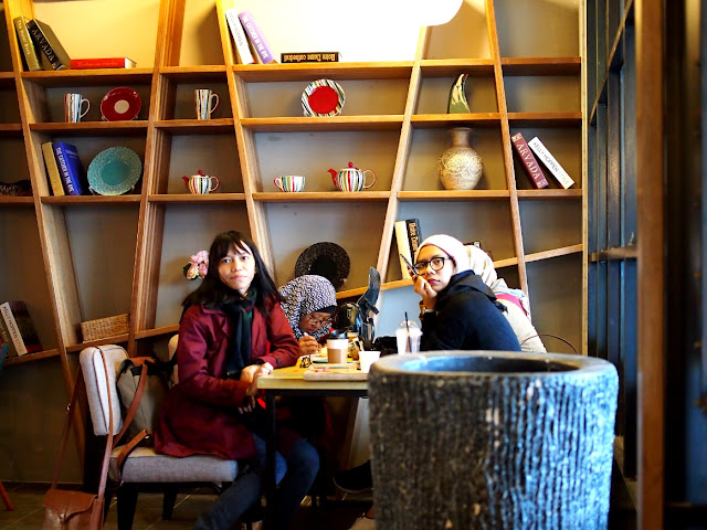 10 days around south korea: coffee shop