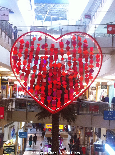 Noida Diary: TGIP Mall in Noida Decorated with huge Hearts Hanging in the Walkway on Valentines 2016