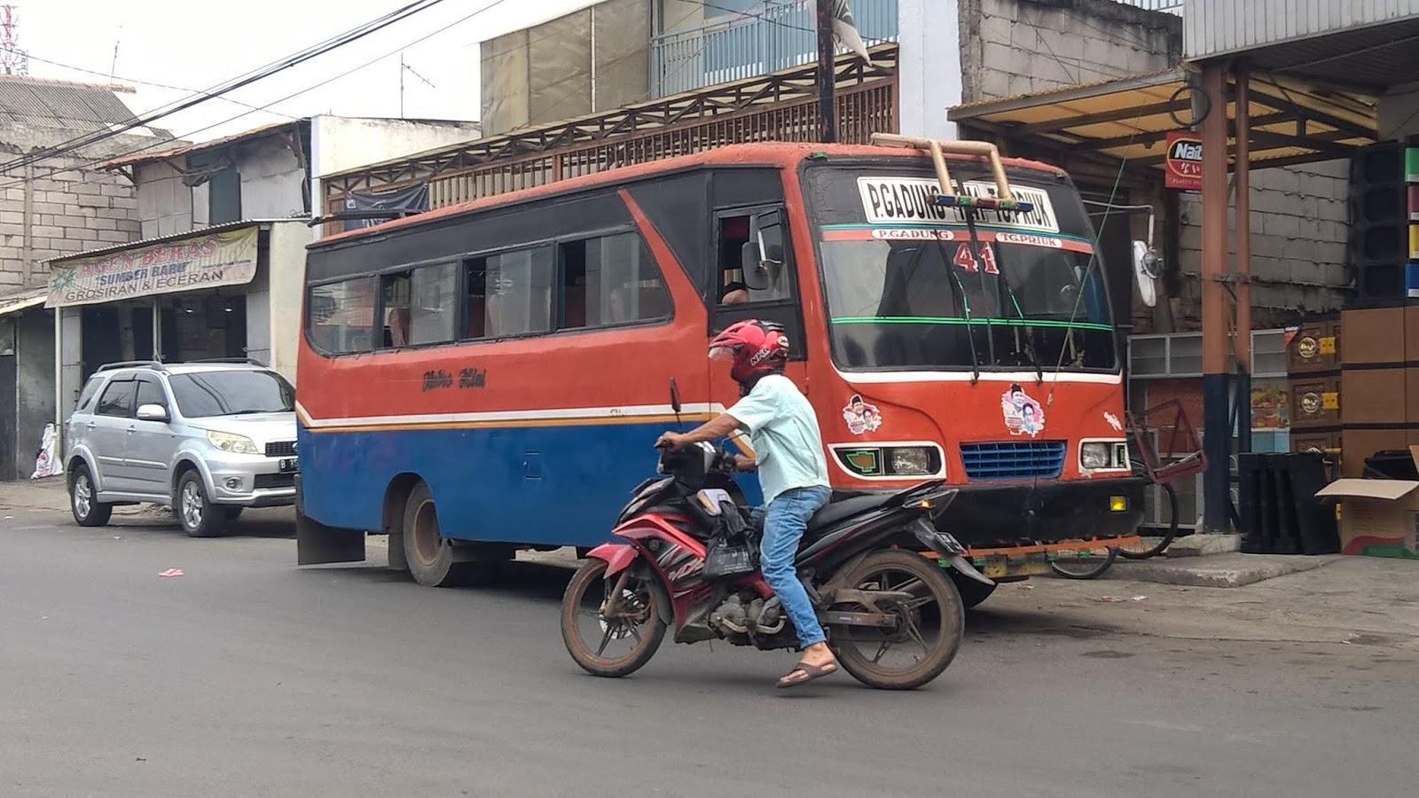 Bus Mitromini