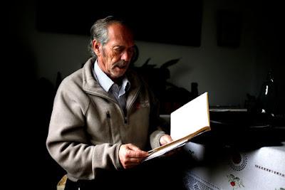 Joaquín Vázquez Manzano 'Miyelito' Poeta de corazón  y profeta por vocación descifrando  la Ecuación del Universo