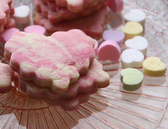 Valentine's Day marbled cookies