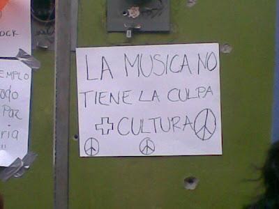 asesinato en Café Iguana Strauffon blog