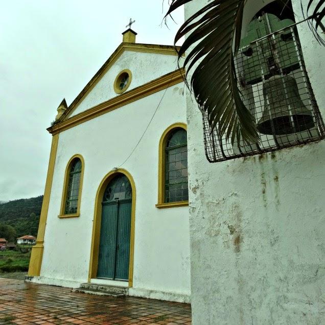 Igreja São Miguel Arcanjo, em Balneário São Miguel, Biguaçu