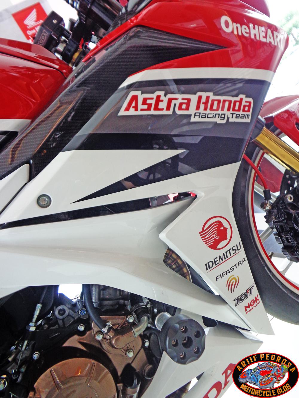 Intip Sangarnya Modifikasi All New Honda Cbr 150r 2016 By Astra Frame Slider 150 R Pemilik Blog Iniih Eksis Lagi Omm V