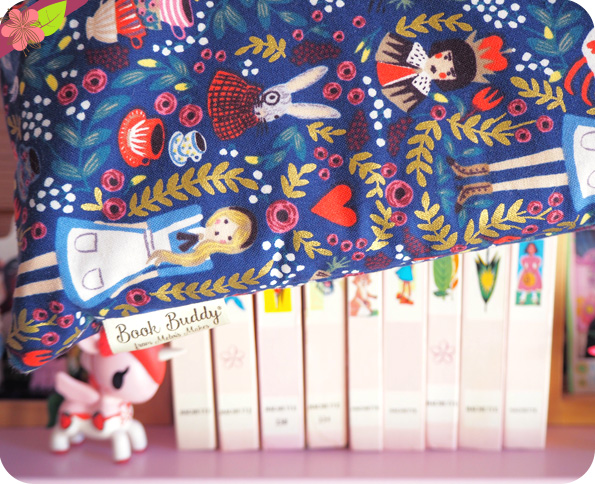 Book sleeve Alice au pays des merveilles