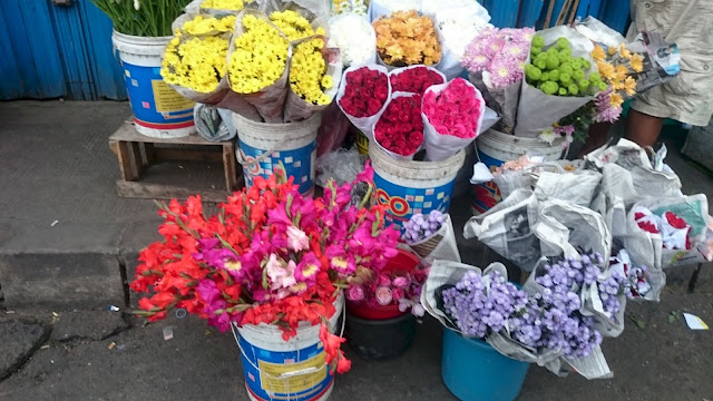 Fresh Flower Shop Tangerang - Image: Author