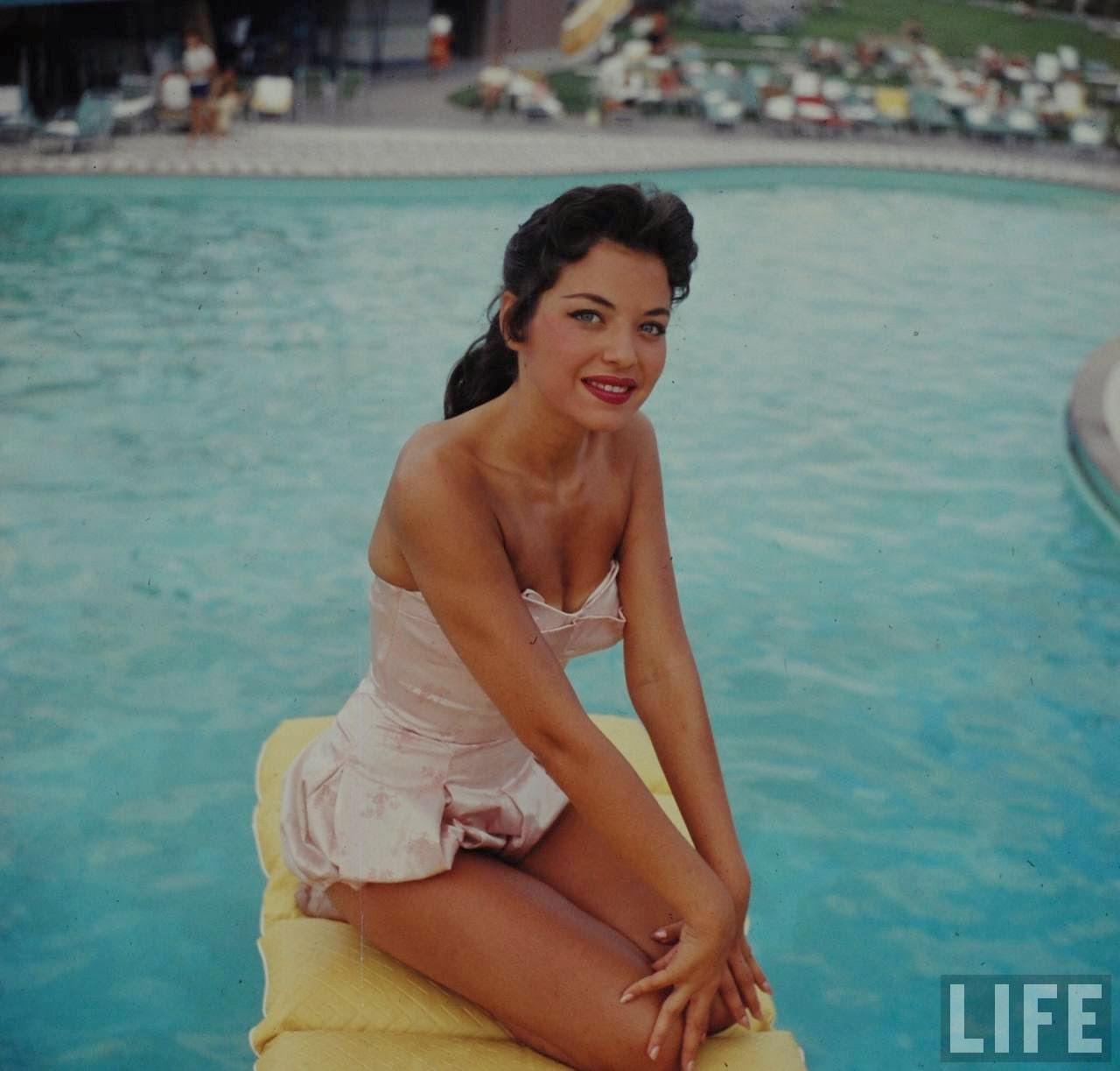 Bathing Beauty, Las Vegas, 1955 ~ vintage everyday