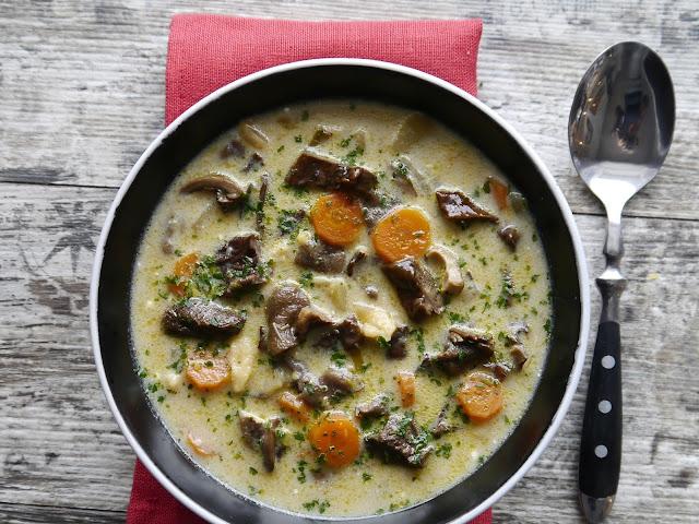 Zupa grzybowa z suszonych grzybów - Czytaj więcej »