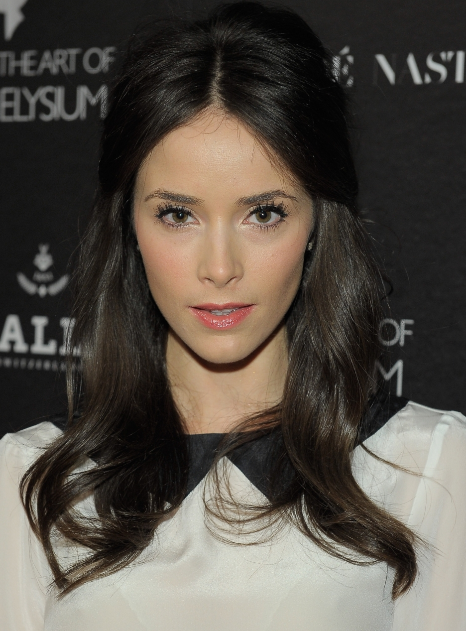 Abe S Words Abigail Spencer Abe S Beauty Of The Month