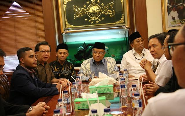 Terima Kunjungan Umat Buddha, Kiai Said Jelaskan Prinsip Islam Nusantara