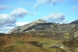 Vista del pico Caldoveiro