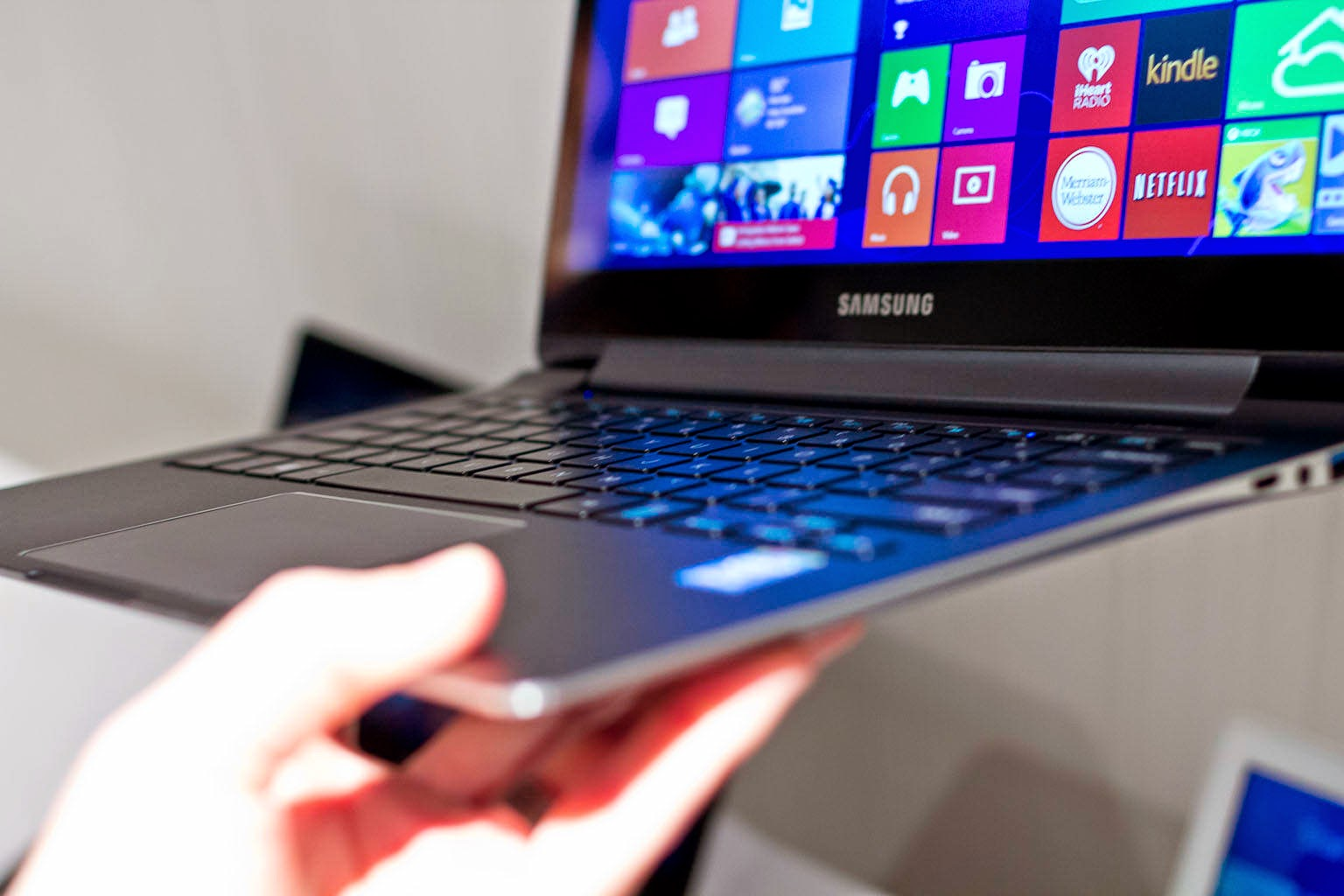 Laptop Notebook Samsung Terbaru