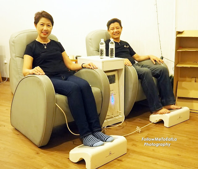 Hubby and I getting energised with the high tech Energy Field Therapy treatment