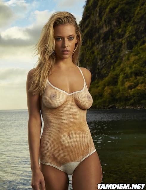 Hot girls Hannah Ferguson sexy body painting 2