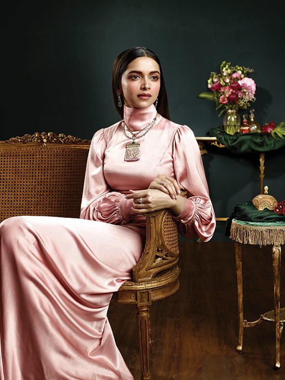 Deepika Padukone Royal Poise Photoshoot%2B%25281%2529