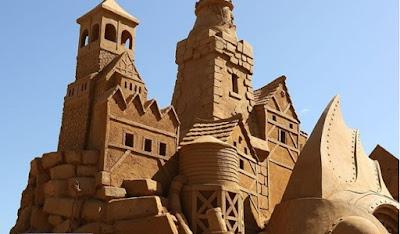 http://www.vanityfair.it/lifestyle/bambini/16/08/10/castelli-sabbia-regole-renzo-piano-architetto
