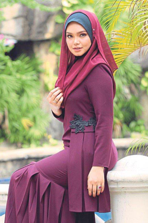 DATUK SITI NURHALIZA Senarai Lagu Datuk Siti Nurhaliza