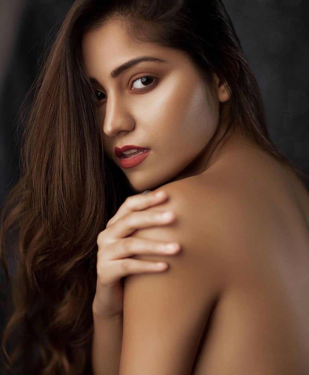 symrann k hot topless  nude