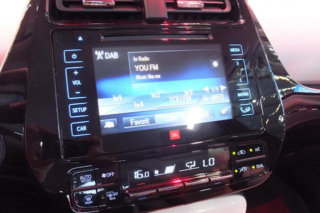 4代目新型プリウス newPRIUS interior4
