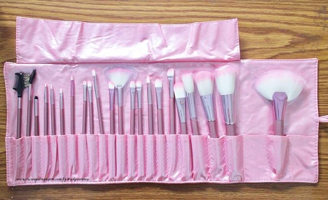 Membeli Pink Brush Set Online