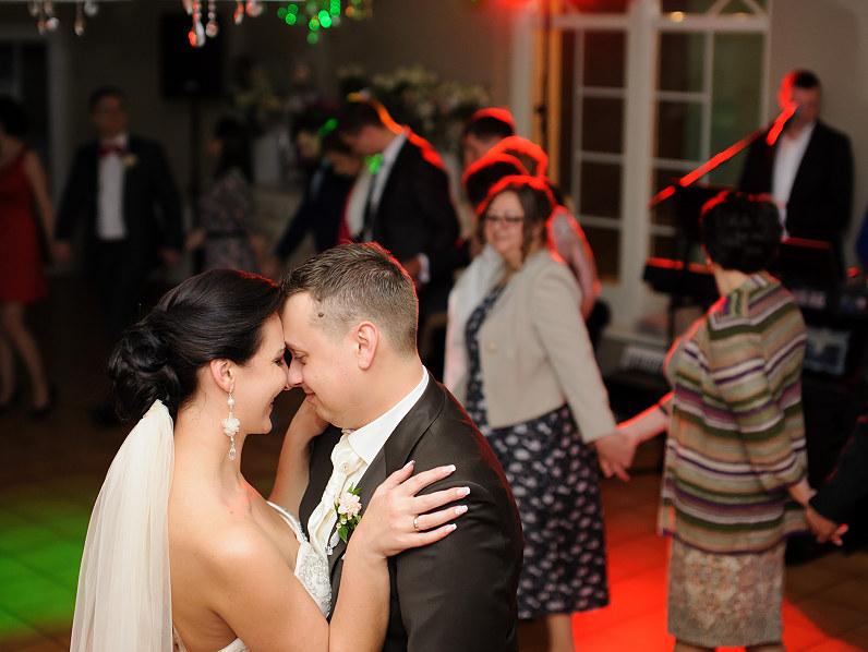 pirmasis jaunavedžių vestuvinis šokis