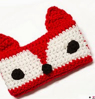 http://www.ravelry.com/patterns/library/red-fox-phone-cozy