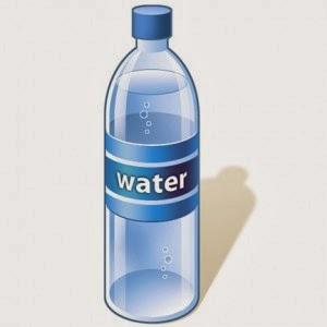 زجاجة مياه من فلتر المياه