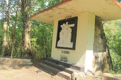 Perjalanan Rohani Gua Maria Sendang Sriningsih