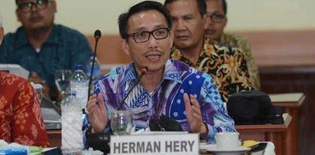 Ahmad Dhani Dikebut, Apa Kabar Kasus Pengeroyokan Yang Diduga Dilakukan Herman Hery?