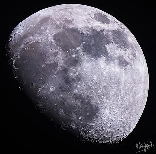 La Lune en haute résolution
