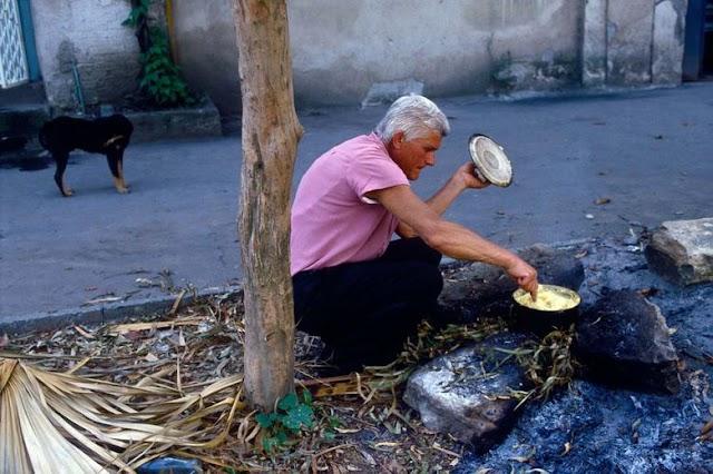 Воспоминания живых сухумчан: Таня, Горожанка