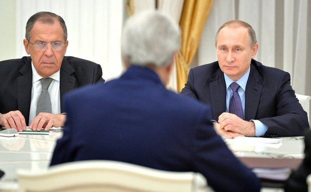 Μόσχα: «Όχι» στο αίτημα Μέρκελ - Μακρόν για απελευθέρωση των Ουκρανών ναυτών