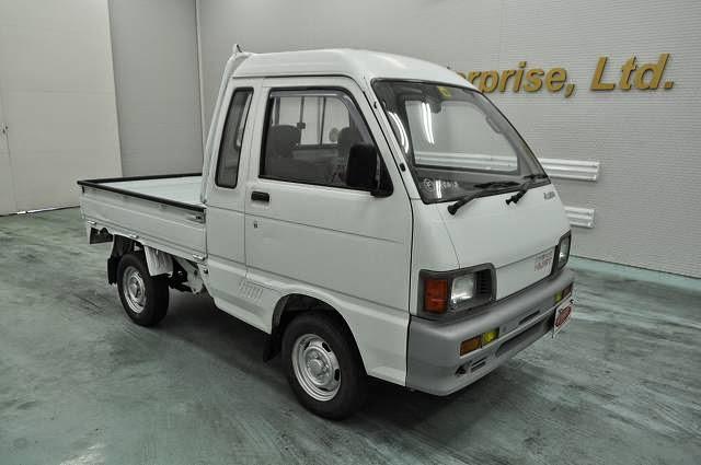 de9e538632 1991 Daihatsu Hijet Jumbo for Malawi to Dar es salaam