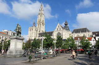 Transfer from Charleroi Airport to Antwerp