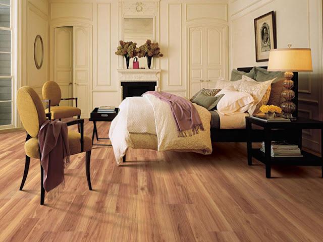 Nên lát ván sàn gỗ nhân tạo hay van san tre cho phòng khách