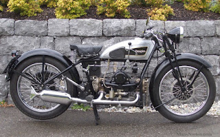 1932 Douglas Motorcycle (from Cybermotorcycle website)