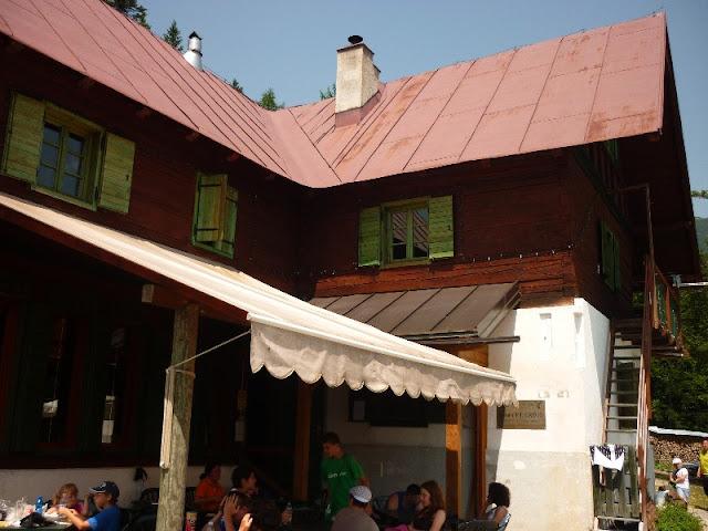 escursione al rifugio grego valbruna