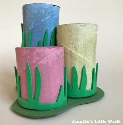 Spring pencil pot craft with toilet roll tubes