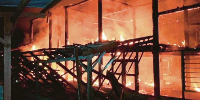 Shalat Tahajud Selamatkan Nenek dari Kebakaran Hebat