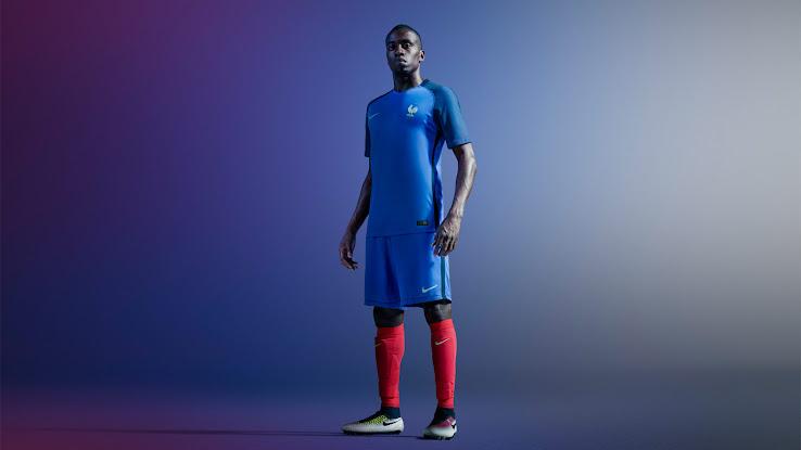 Oficial  Nueva camiseta titular de la Selección de Francia para la Euro 2016 264786f3f44ff