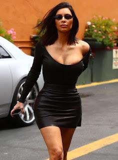 Kim Kardashian Big Boob